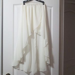Flowy hi low skirt